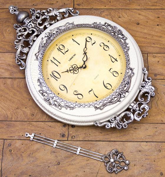 ビクトリアン調・ペンデュラムクロック(振り子時計)