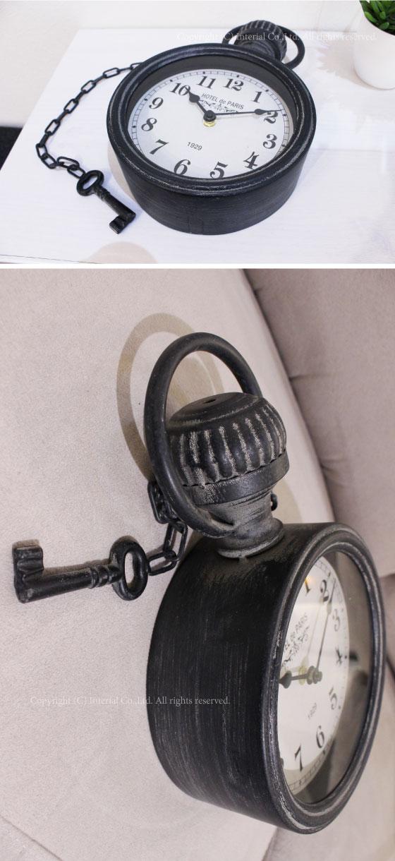 KEY形アクセサリー付き・アンティーク掛け時計